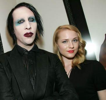 Marilyn Manson uzun bir süre kendisinden 19 yaş daha genç Even Rachel Wood ile birlikteydi.